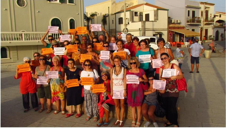 Flash-mob-a-Punta-Secca