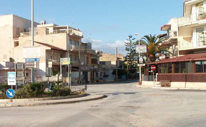 """Casuzze, decine di case svaligiate: """"Il sindaco e i controlli dove sono?"""""""