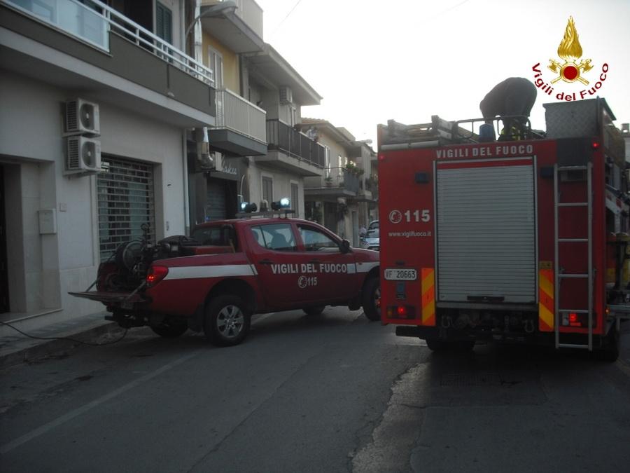 Incendio in un'abitazione di piazza degli Studi: leggero shock per una signora, ma non ci sono feriti
