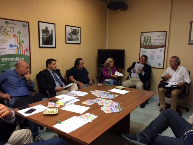 Il lavoro come priorità: sindaci e onorevoli all'incontro della Cisl per far rinascere il sogno-Ragusa