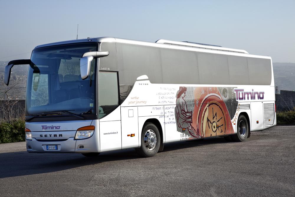 Bullismo e atti vandalici: la ditta degli autobus minaccia sospensione del servizio agli studenti pendolari
