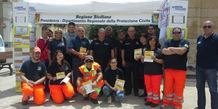 Santa Croce – AVS, inaugurazione della nuova auto e benedizione dei mezzi e dei volontari del soccorso