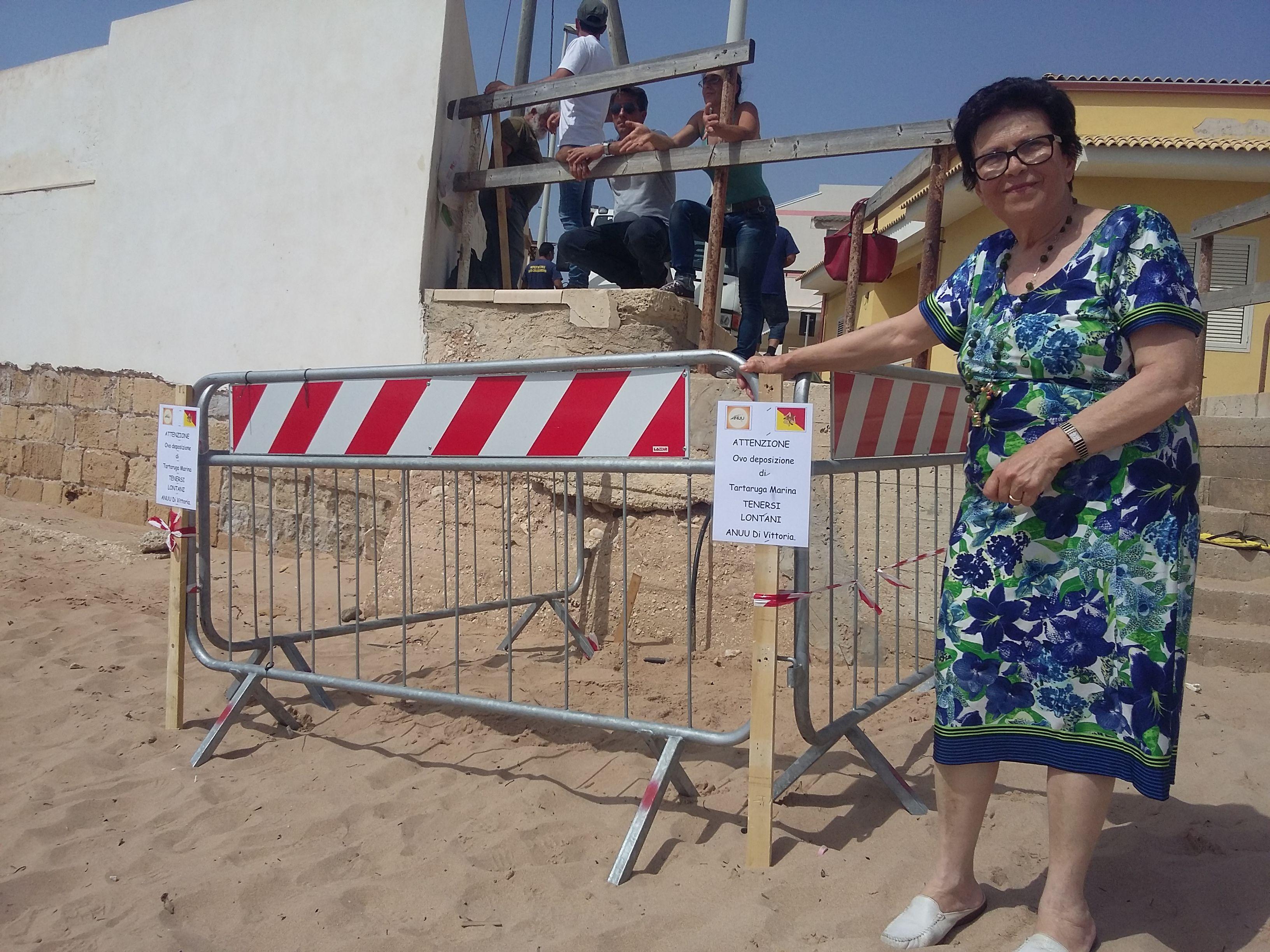 Una porzione di spiaggia per le uova di Tarty: resteranno lì 45-60 giorni FOTO