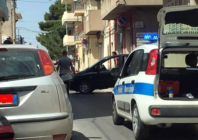 Incidente in via Matteotti: tamponamento fra due auto, nessun ferito