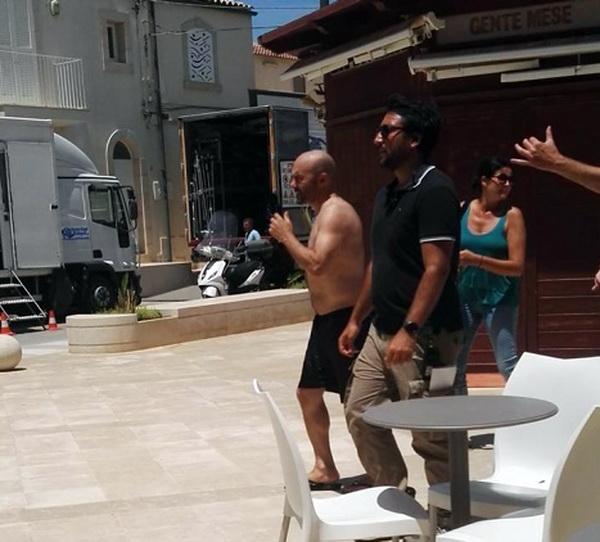 Zingaretti si spoglia a Punta Secca: il cast di Montalbano è tornato al lavoro