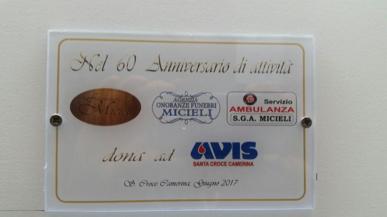 """Falegnameria Micieli dona una porta all'Avis: """"Gesto di grande cordialità"""""""