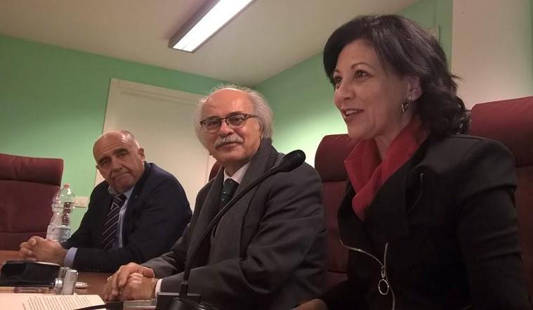 """""""Odi alle dodici terre"""": presentata la raccolta poetica di Domenico Pisana"""
