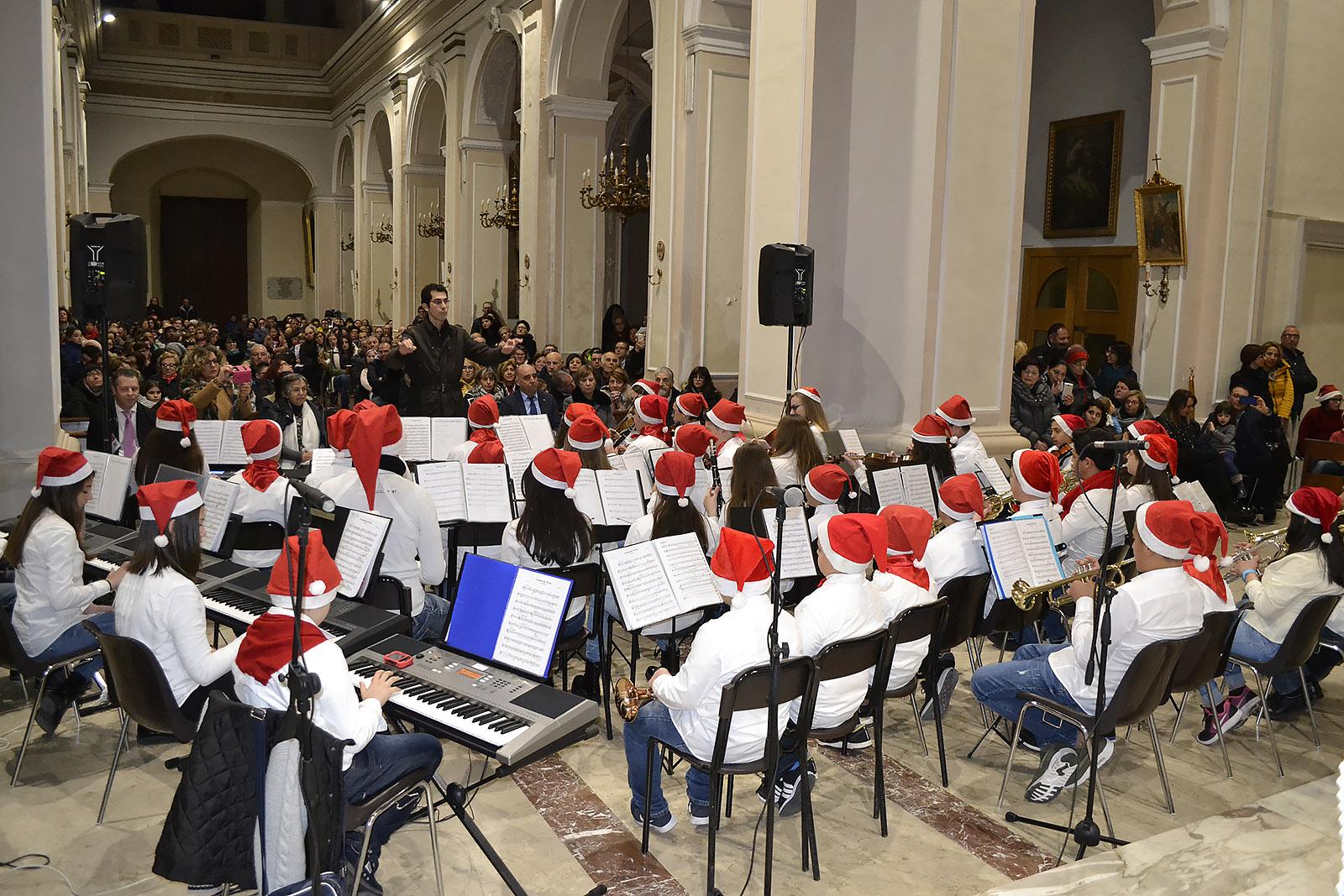 Dall'Immacolata alla Befana: prende il via il lungo Natale di Santa Croce