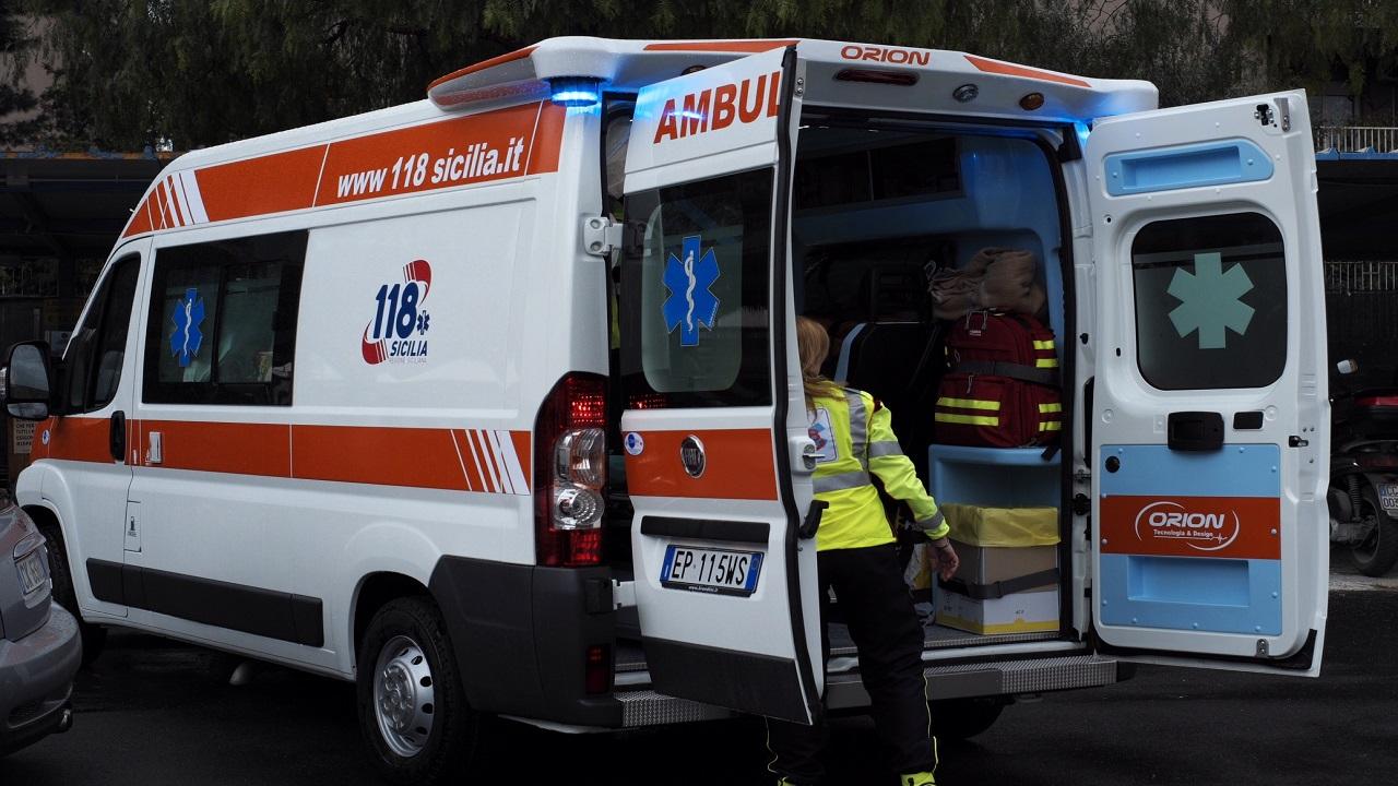 Incidente sulla Sp 85: due giovani di Santa Croce in prognosi riservata