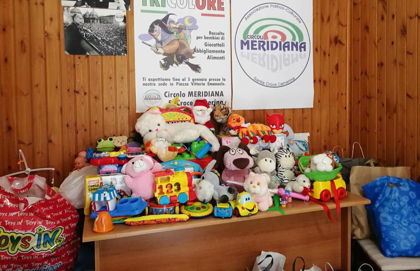 """Vestiti e giocattoli per i bambini meno fortunati grazie alla """"Befana Tricolore"""""""