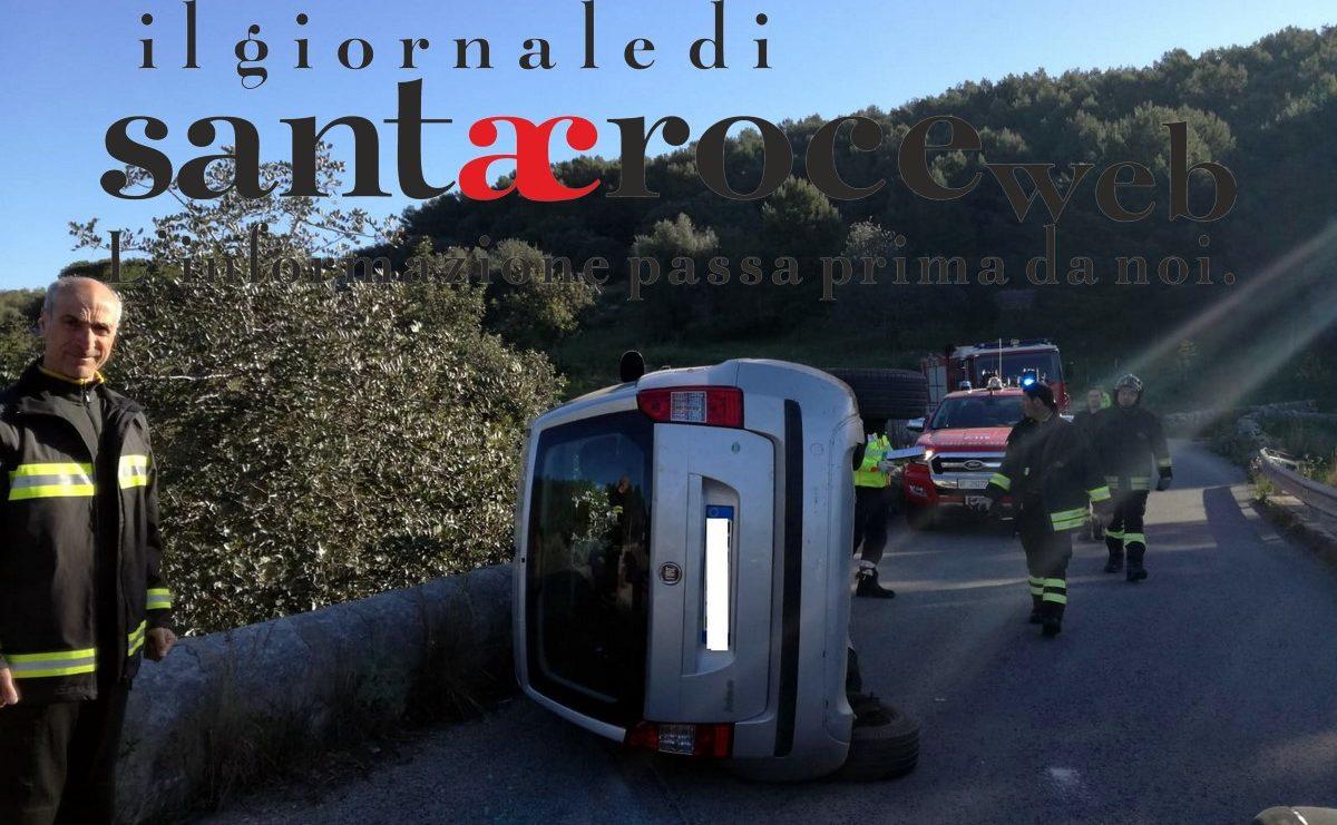 Si cappotta con l'auto in contrada Grassullo: ma il conducente è illeso