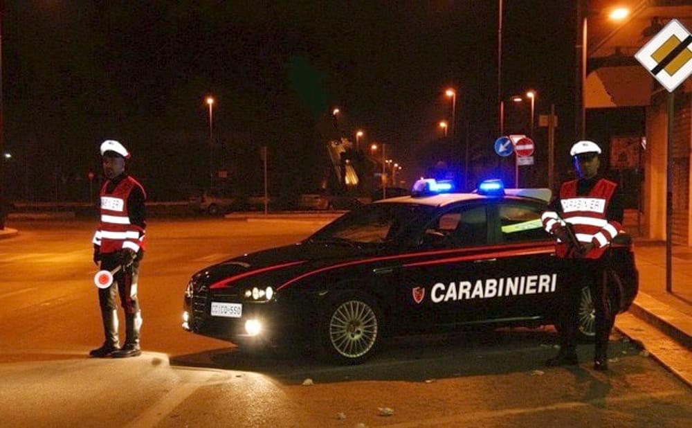 In fuga dai carabinieri senza patente e assicurazione: fermato a Scicli