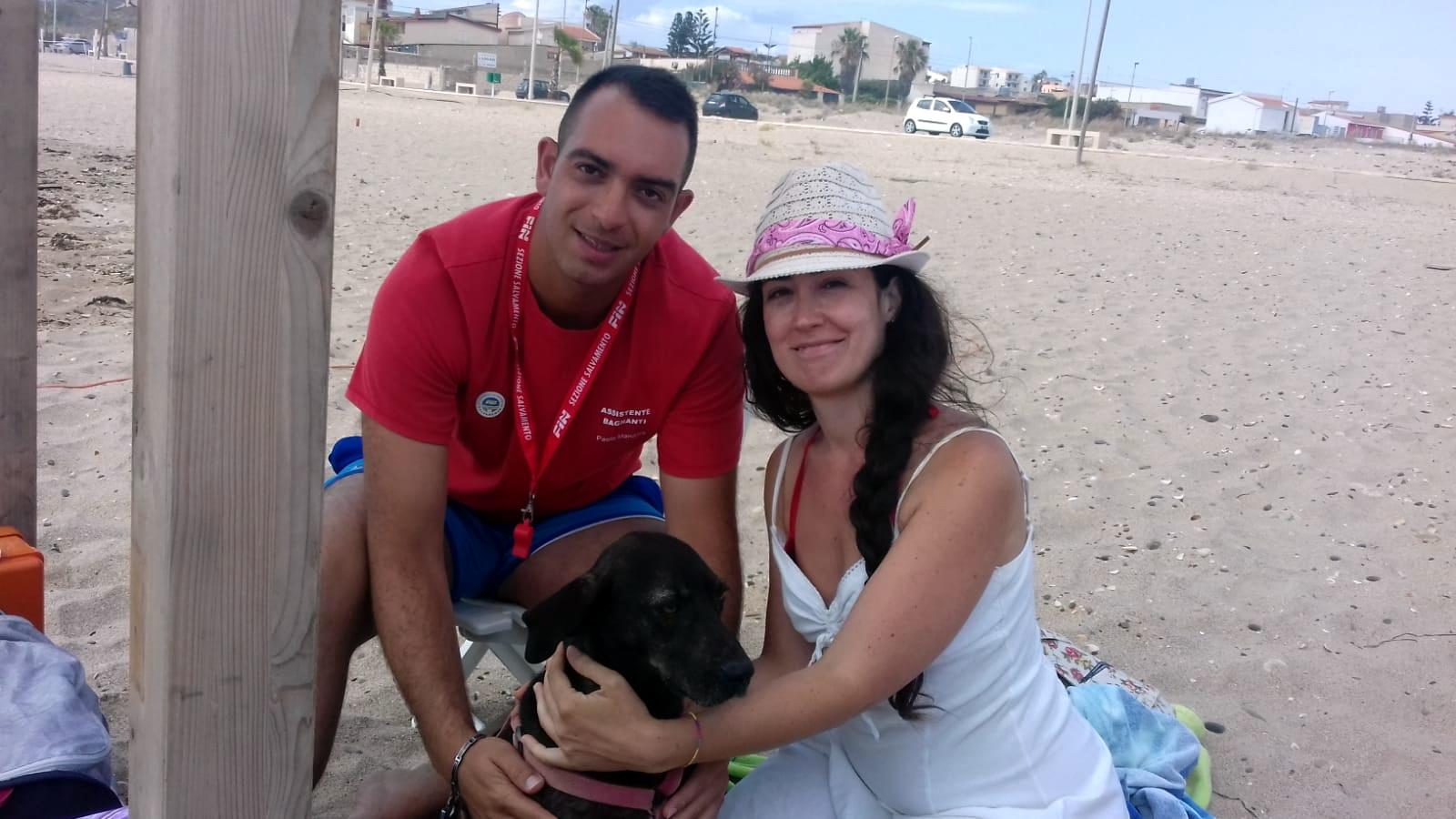 Scoglitti – Un cucciolo smarrito e ritrovato sul lungomare di Cammarana