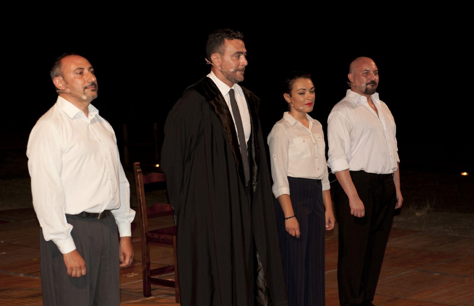 """Al Circolo Velico riparte il """"Teatro in Spiaggia"""": stasera alle 21.30 """"Agata"""""""