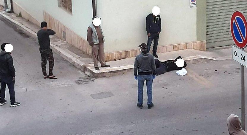 Parapiglia in via Fleming: straniero colpito alla testa con un bastone