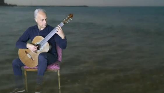 Musica e ottimismo: il video di Gaetano Albora, anima degli Apache