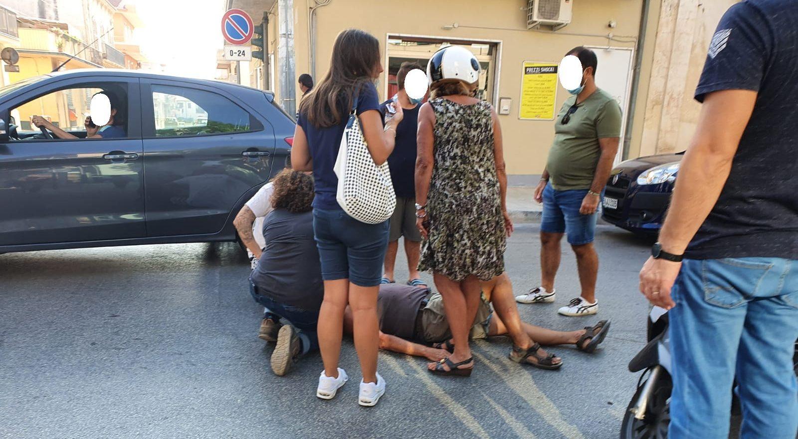 Semafori rotti e incroci pericolosi: incidenti in via Roma e via Foscolo