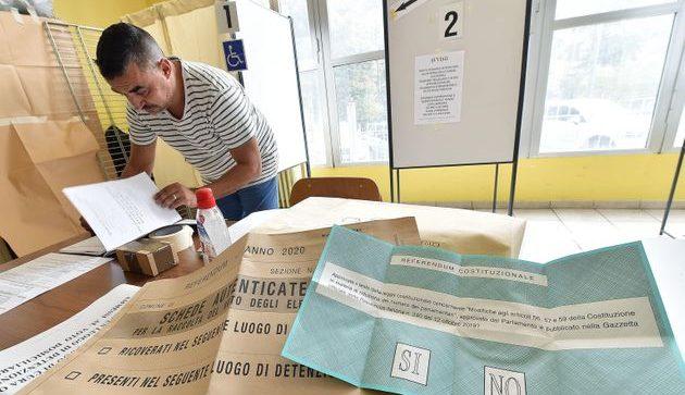 """Netta affermazione del """"sì"""" anche a Santa Croce, dove ha votato il 32%"""