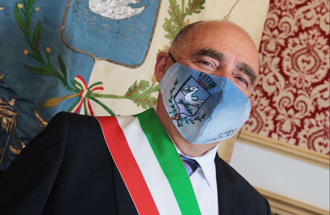 """Il sindaco di Santa Croce positivo al Covid. Ma rassicura: """"Sto bene"""""""