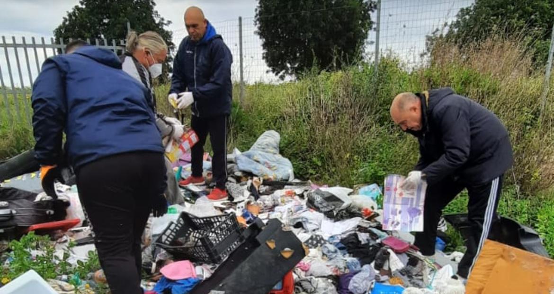"""Qualche insospettabile e alcuni stranieri: ecco i """"furbetti"""" dei rifiuti"""