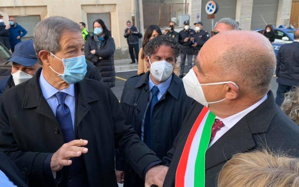"""Il sindaco difende la zona rossa. """"Nel prossimo Bilancio i ristori"""""""