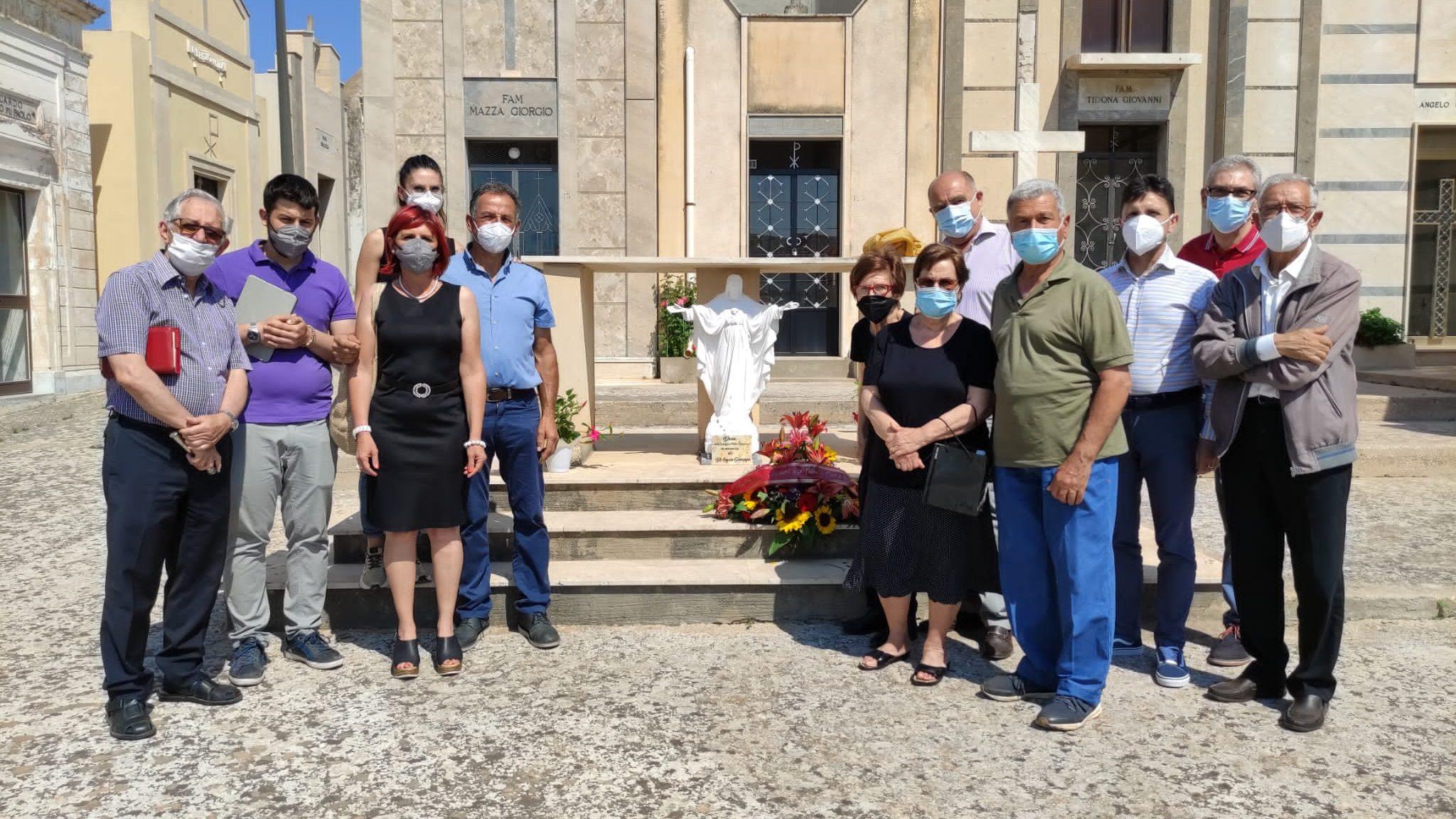 Sacro Cuore di Gesù, benedetta la statua donata dalla famiglia Falbo
