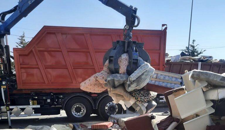 Rimosse 15 tonnellate di rifiuti, di cui un terzo a Santa Croce